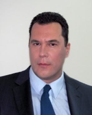 Dr. Neven Cvetićanin